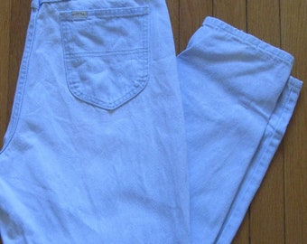 Light wash mom jeans, 1980s-90s vintage Lee Riders high-rise jeans, USA, size medium