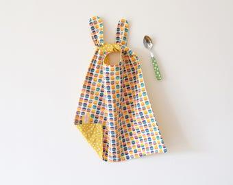 Long bib, yellow bib, bib to tie, large bib, fun toddler bib, baby shower gifts, baby gift, wide bib, extra long bib, colorful bib, pop