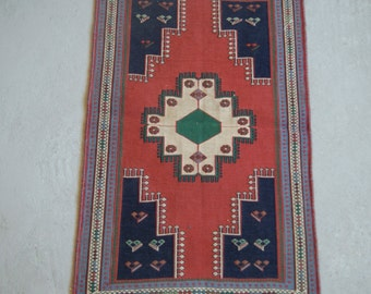2'1''x3'3'' Handmade Kilim Rug, Small Soumak Kilim