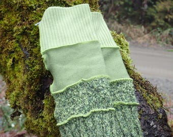 Greens!- Arm warmers fingerless gloves  - wrist warmers - picking mitts