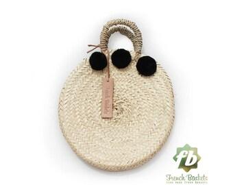 Dainty panier rond petit pompon noir: panier Français, marocain panier, sac en paille, français panier, sac de plage, sac en paille