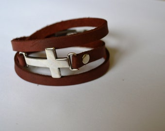 Wrap leather bracelet with large Cross connector - Handmade