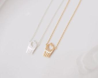 Giraffe necklace, Love giraffes necklace, heart giraffes necklace, giraffe charm, tiny necklace, dainty, Loving Giraffes , heart necklace
