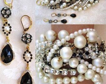 Custom Wedding Bracelet For Bride, Custom Bridal Bracelet, Chunky Pearl Bridal Bracelet, Black & White Pearl Bracelet, Crystal Bracelet