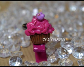 Ring adjustable polymer clay raspberry pink cupcake