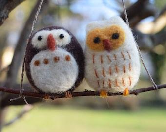 felt owls, needle felt,felt animals, natural toy,home decor ,kindergarten ,wool