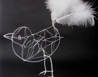 Wire bird *Tango* with white tail feathers, 3D starling sculpture, home decor, bird ornament, original sculpture, one of a kind wedding gift