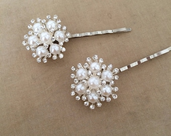 winter wedding, winter bride, snowflake hairpin, pearl hairpin, pearl snowflake hair pin hairclip winter hair accessories