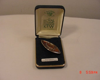 Vintage Crown English For Royal Botanic Gardens Kew Real Flowers Antiqued Silver Plate Brooch In Original Box  18 - 640