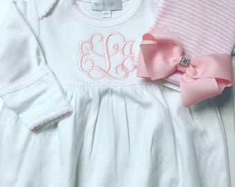 Baby girl coming home outfit, Monogrammed gown, Personalized Baby gift, Monogrammed sleeper, pima cotton, newborn pictures, shower gift