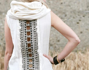 Khadi Hoodie Top with Tribal Backdesign by GayatriTribalCrafts