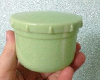 vintage urea formaldehyde pale green bakelite early plastic screw top picnic pot smaller