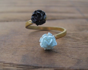 Petite Bouquet Ring No. 1