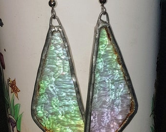 Vintage, Luster Tiffany-inspired hanging earrings, opalescent glass triangles, vintage jewelry, vintage accessories