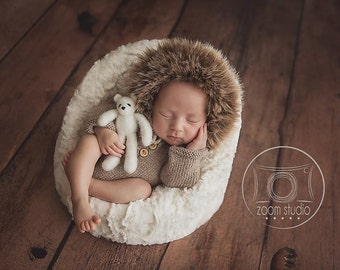 Handknitted, Newborn baby romper, long sleeves, faux fur, photos props