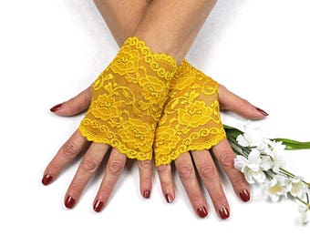 Gold Lace Gloves   -  Gold Lace Fingerless Gloves - Gold Gloves - Gold Fingerless Lace Gloves - Victorian Gloves - Bridesmaid Glove