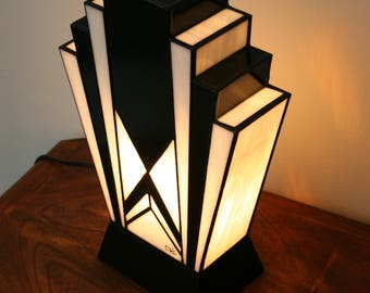 """Lamp Tiffany lamp Art Deco stained glass Tiffany, large table lamp """"1925"""" N.B."""