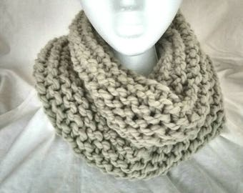 Chunky Knit Cowl - free shipping, wool cowl, wool scarf, chunky scarf, neckwarmer, infinity scarf, beige scarf, beige cowl, winter scarf