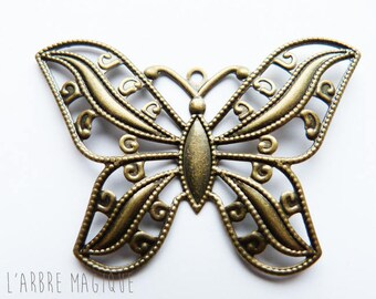 large 10 refPap51 x bronze brass color metal Butterfly pendant