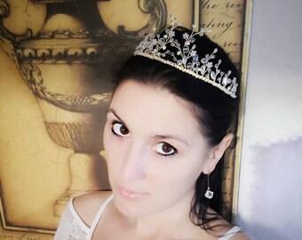 Wedding crown, bridal tiara, wedding hairpiece, wedding tiara, wedding jewelry, bridal headband, crown for wedding