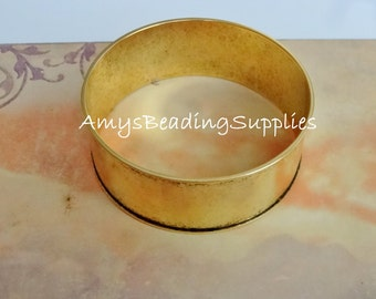 SALE: Wide Bangle Bracelet, NUNN DESIGN -  Fine Antique Gold Bangle Bracelet Channel 1 inch width (1 bracelet)