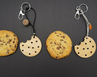 Bag charm / Keychain / Fob / Plywood / Cookie / Biscuit / Gadget / The Best Addition / Decoration