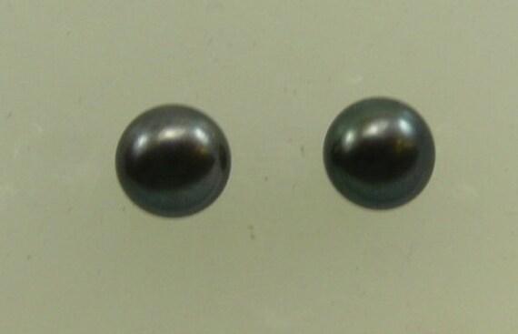 Freshwater Black 8 mm Pearl Stud Earrings 14k White Gold