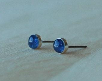 Kyanite Gemstone 5mm Bezel Set on Niobium or Titanium Posts (Hypoallergenic Stud Earrings for Sensitive Ears)