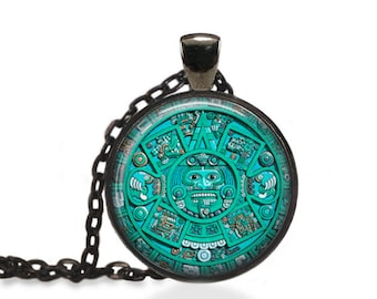 Aztec Sundial Necklace, Ancient Mexican Heritage Jewelry, Vintage Sundial Pendant [A20]