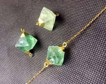 Beautiful Fluorite Necklace, Green Fluorite Stone Dice Doubal Bail Connector Pendant with Gold Electroplated Bails FS01