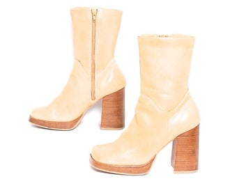 size 7.5 PLATFORM tan vegan leather 80s 90s CHELSEA zip up high heel  ankle boots