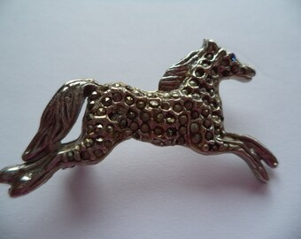 Fabulous Unsigned Vintage Mascasite Running Horse Brooch/Pin