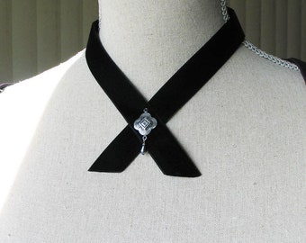 Black Velvet Crossover Choker/ Necklace, 19th century Style Jewelry