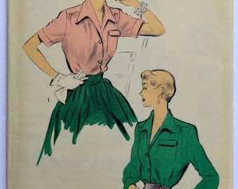 1940's Vintage Sewing Pattern Advance 5407 Women's Blouse