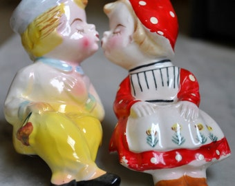 Salt and Pepper Shakers - Dutch Boy and Girl Kissing - SALE