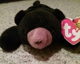 Blacks the Bear Beanie