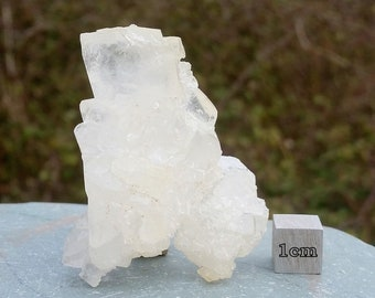 Colemanite - found in California, USA - High quality Mineral/Crystal Specimen - RST993