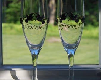 Vintage Bride and Groom Toasting Glasses  Champagne Flutes Wedding Toast Stemware
