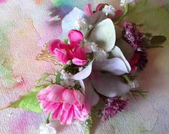 FLORAL BRIDAL/BRIDESMAID Romantic Handmade Hair Comb in Pink, White and Mauve