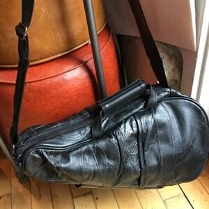Black Shoulder Side Bag for Wine Festival Time!