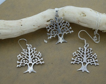 Sterling Silver Tree of Life with Heart in Trunk Cutout Set Includes Chain