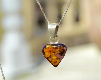 Vintage Flowers Under Glass Heart Necklace . Mexico . Sterling Silver . Dainty Necklace