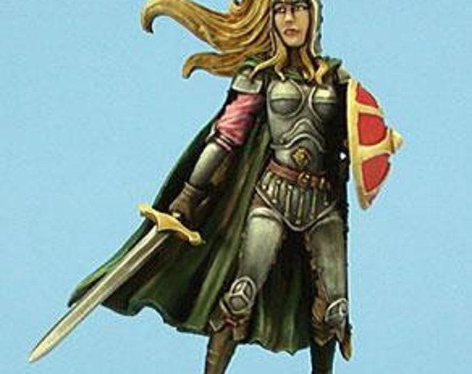 Easley Masterworks: Female Paladin w/Sword & Shield - 4114 - Dark Sword Miniatures