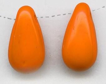Vintage opaque persimmon glass teardrop pendant Czechoslovakia,14x7mm pkg of 10. b11-yo-0919(e)