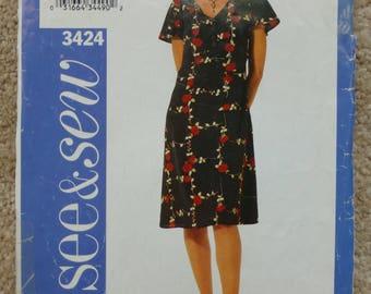 See & Sew pattern 3424 size 14-16-18