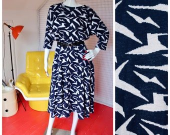 80s navy blue and white abstract paper crane circle skirt batwing dress POCKETS Mr. Joe