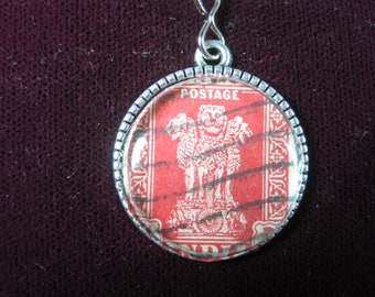 India 2 Annas Service Tiger Red Indian World Genuine Vintage Postage Stamp Pendant 22mm Jewelry Necklace Chain