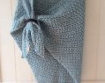 Shawl (incl. leather shawl pin)