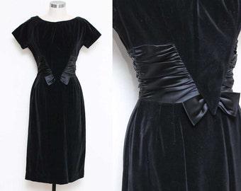 Velvet Bow Dress // Holiday Dress // 50s 60s Jonathan Logan Short Sleeve Scoop Neck Midi Cocktail Satin Bow Size 2 4 XS Small