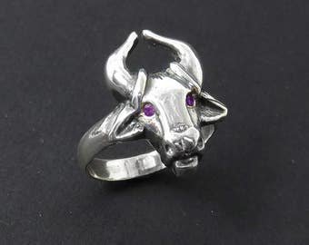 Taurus Ring with Amethyst Eyes - Silver Ox Ring - Bull Ring - Animal Ring - Zodiac Ring - Astrology Ring - Chinese Astrology - Pagan Ring